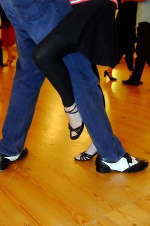 learn to dance argentine tango at gemini dance studios, lanner, cornwall